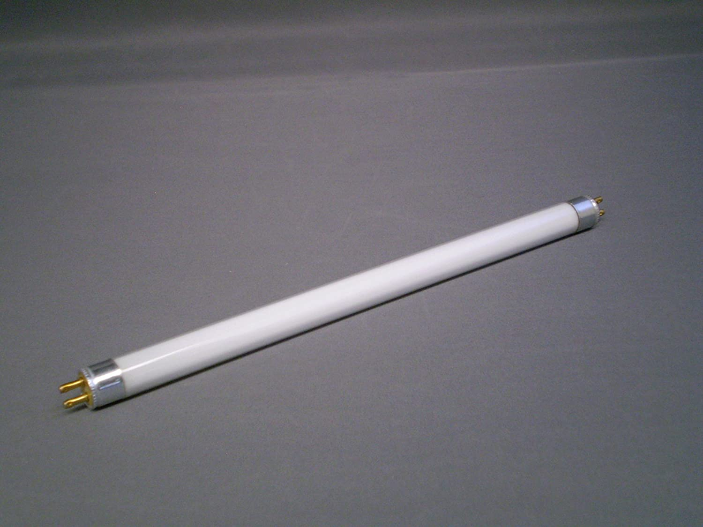 sel#96X5 - 5 X T4 6 Watt Standard Fluorescent Tube 4000K M.L.Accessories
