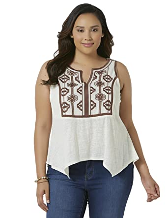 9770a32287521 SIMPLY EMMA Women s Plus Embroidered Tank Top - Tribal. Size  XXXLarge.  Color  Ivory at Amazon Women s Clothing store