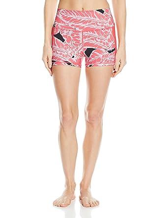 40c50891e7 Alo Yoga Women's Elevate Short at Amazon Women's Clothing store:
