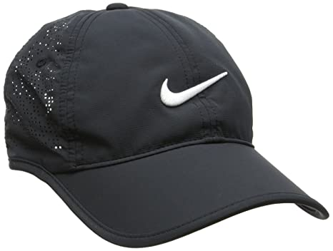 new product 3aabc edd0c Amazon.com  Nike Women s Perf Golf Cap (Black) Adjustable  Clothing