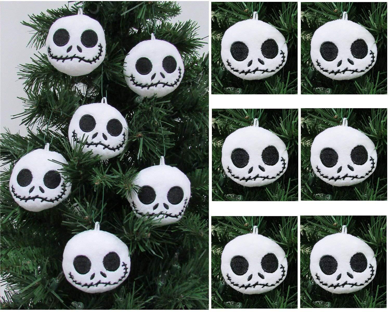 Amazon.com: NIGHTMARE BEFORE CHRISTMAS Plush Ornament Set Featuring ...