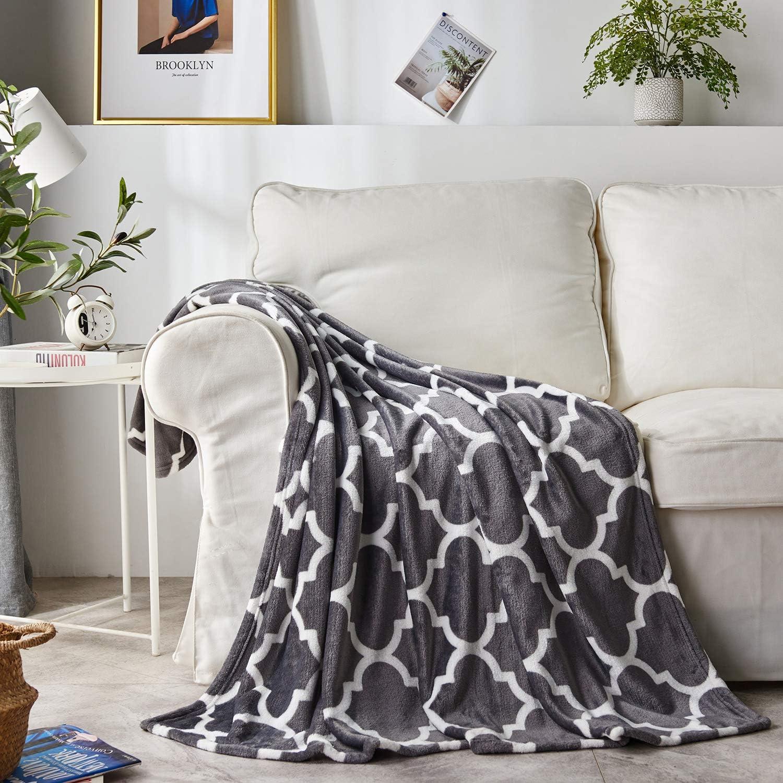 "DAKANG Plush Throw Blanket, Fleece Throw for Couch 50"" x 60"""