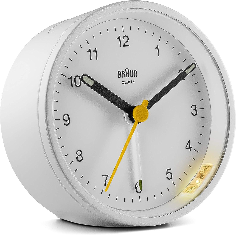 Braun BC-12-W Reloj despertador clásico analógico, alarma creciente, función snooze, luz de fondo, agujas luminosas, segundero amarillo de fácil lectura, color blanco