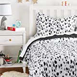 Amazon Basics Kid's Comforter Set - Soft, Easy-Wash Microfiber - Twin, Black Shadow Dots