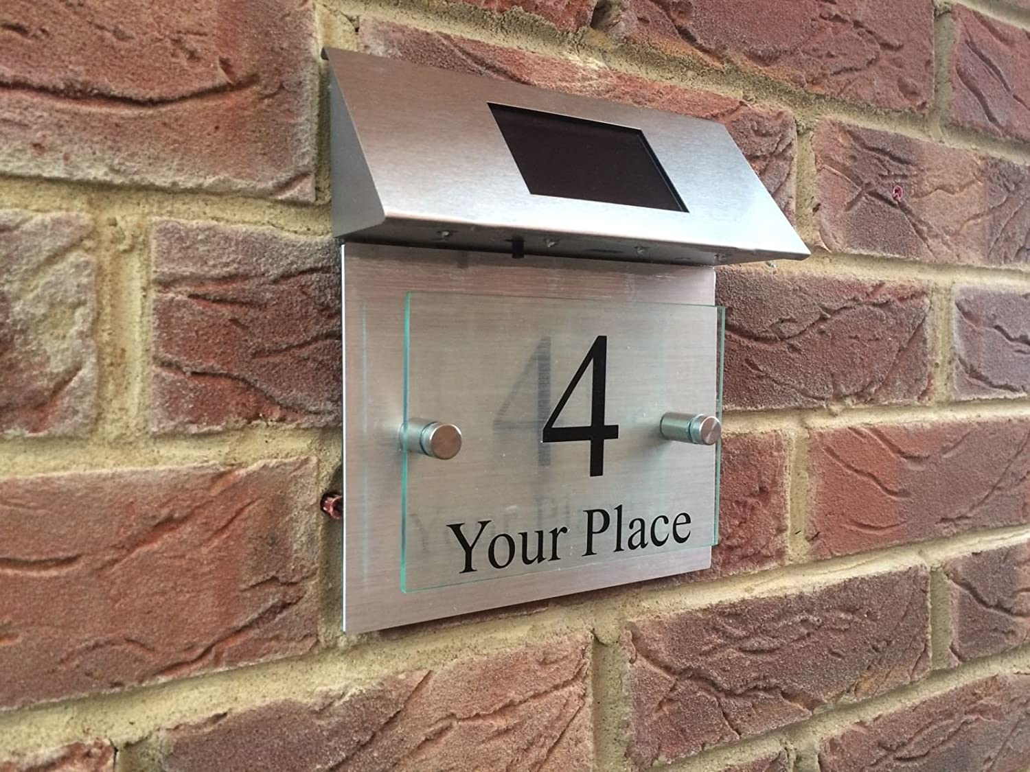 MODERN HOUSE SIGN PLAQUE DOOR NUMBER STREET GLASS ALUMINIUM EFFECT SOLAR LED Signs4home