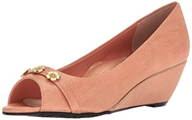 39933c1e875 Soft Style by Hush Puppies Women s Adley Wedge Pump