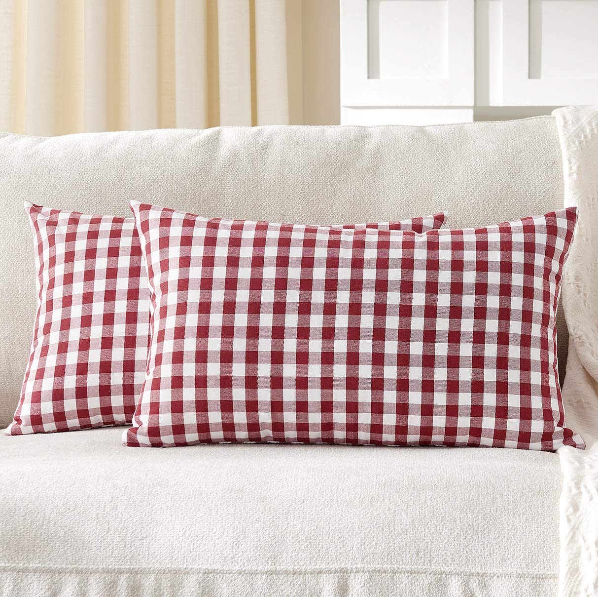 Foindtower Pack of 2 Lumbar Farmhouse Decorative Gingham Throw Pillow Covers Classic Check Plaid Cushion Cover Rustic Christmas Home Decor for Couch Bedroom Chair 12 x 20 Inch Red and White