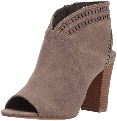 91d8e3cd574 Amazon.com | XOXO Women's Brie Heeled Sandal | Heeled Sandals