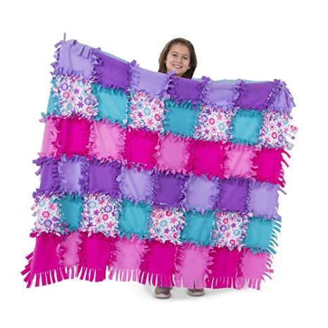 905b8ee6dc Amazon.com  Melissa   Doug Created by Me! Flower Fleece Quilt No-Sew ...