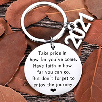 Graduation Gifts For Him Her Class Of 2021 Seniors Students Keychain Graduation Masters Nurses Students From College Medical High School Gifts For Women Men Girls Daughter Son Graduates From Dad Mom