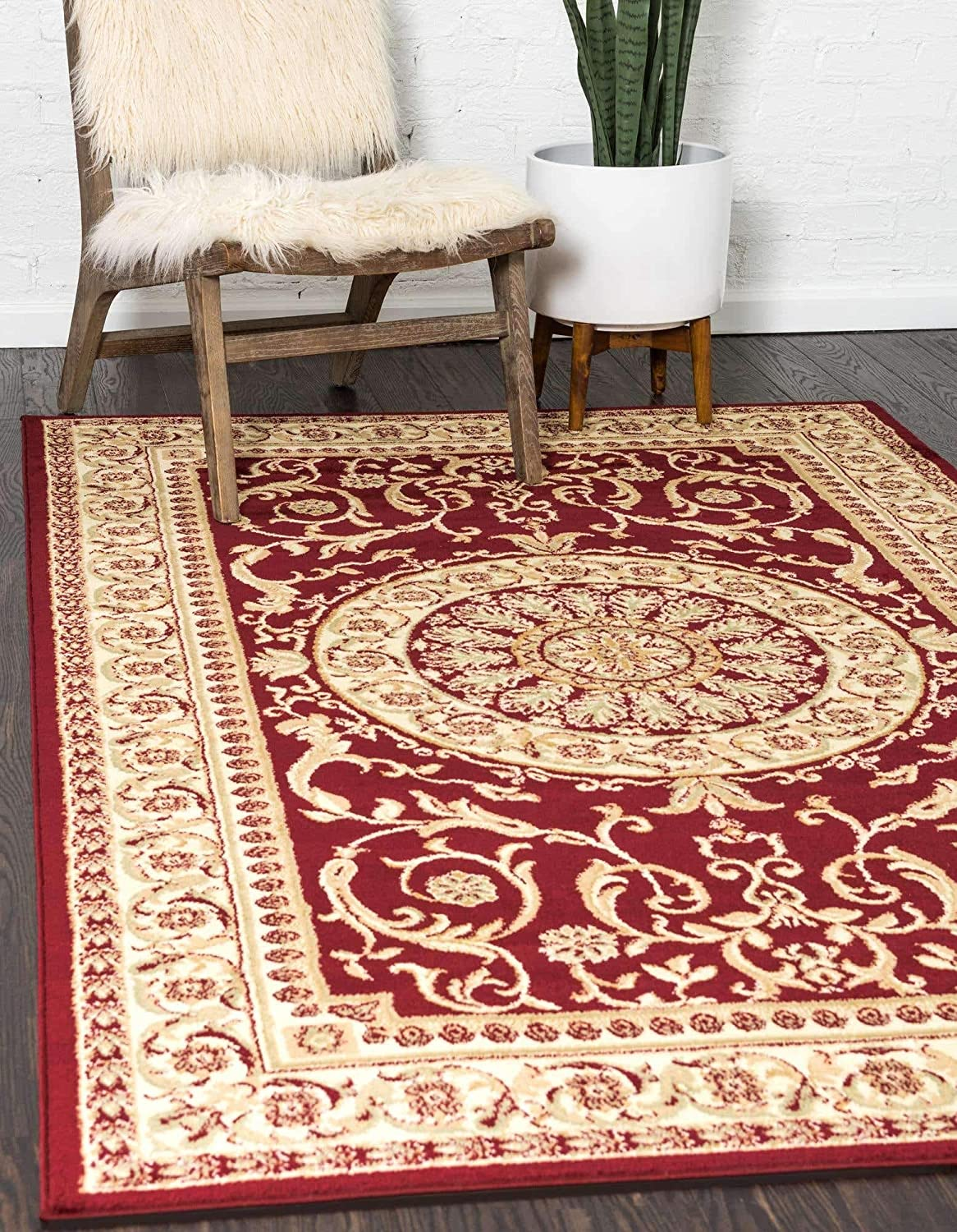 Unique Loom Versailles Collection Traditional Classic Red Area Rug (5' 0 x 8' 0)