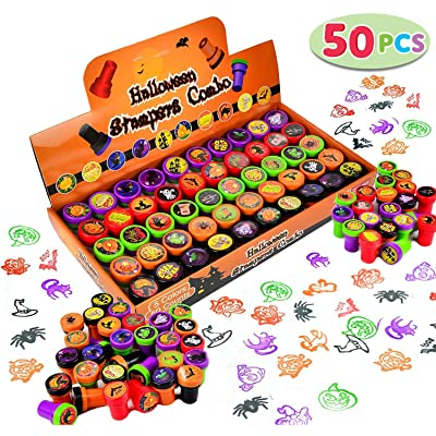 50 Pieces Halloween Assorted Stamps Kids Self-Ink Stamps (25 DIFFERENT Designs, Plastic Stamps, Trick Or Treat Stamps, Spooky Stamps) for Halloween Party Favors, Game Prizes, Halloween Goodies Bags: Toys & Games