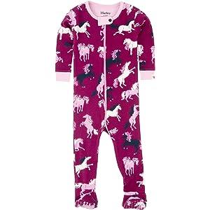 24b606b92 Amazon.com  Hatley Baby Girls  Organic Cotton Footed Sleepers