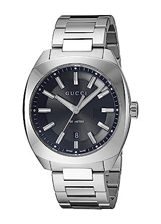 00b6e2e83c6 Amazon.com  Gucci Swiss Quartz Stainless Steel Silver-Toned Dress Men s  Watch (Model  YA142301)  Watches