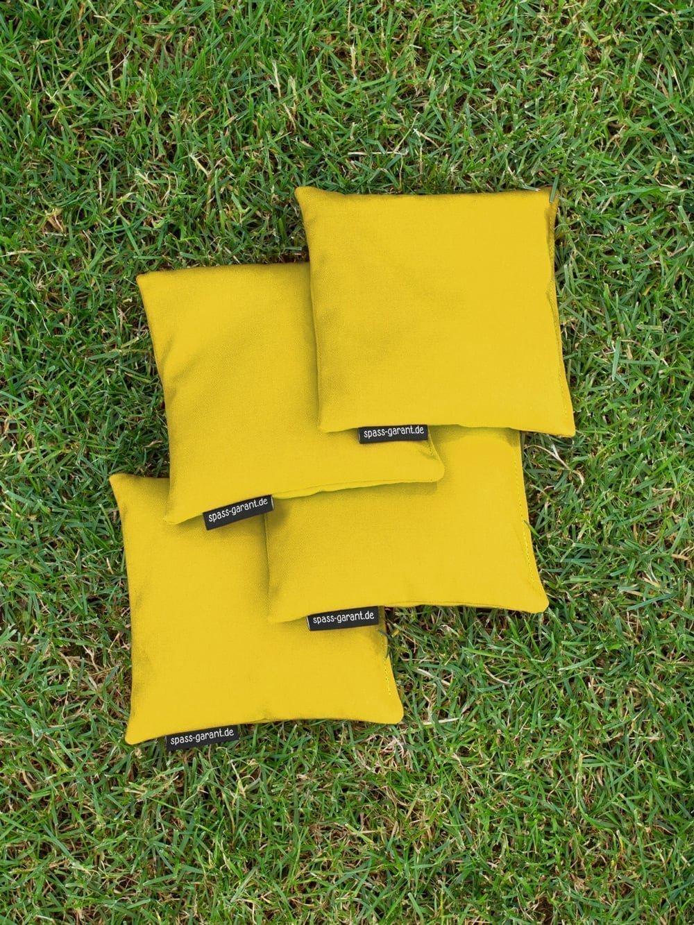 Top Qualit/ät made in Germany handgemacht Granulat oder Mais 4 Cornhole S/äckchen gelb 15 x 15 cm 400g