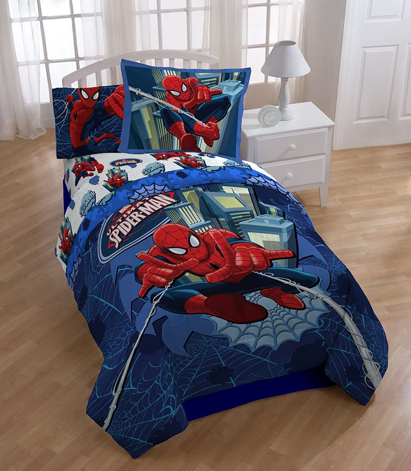 Marvel Spiderman Reversible Full Reversible Comforter Set