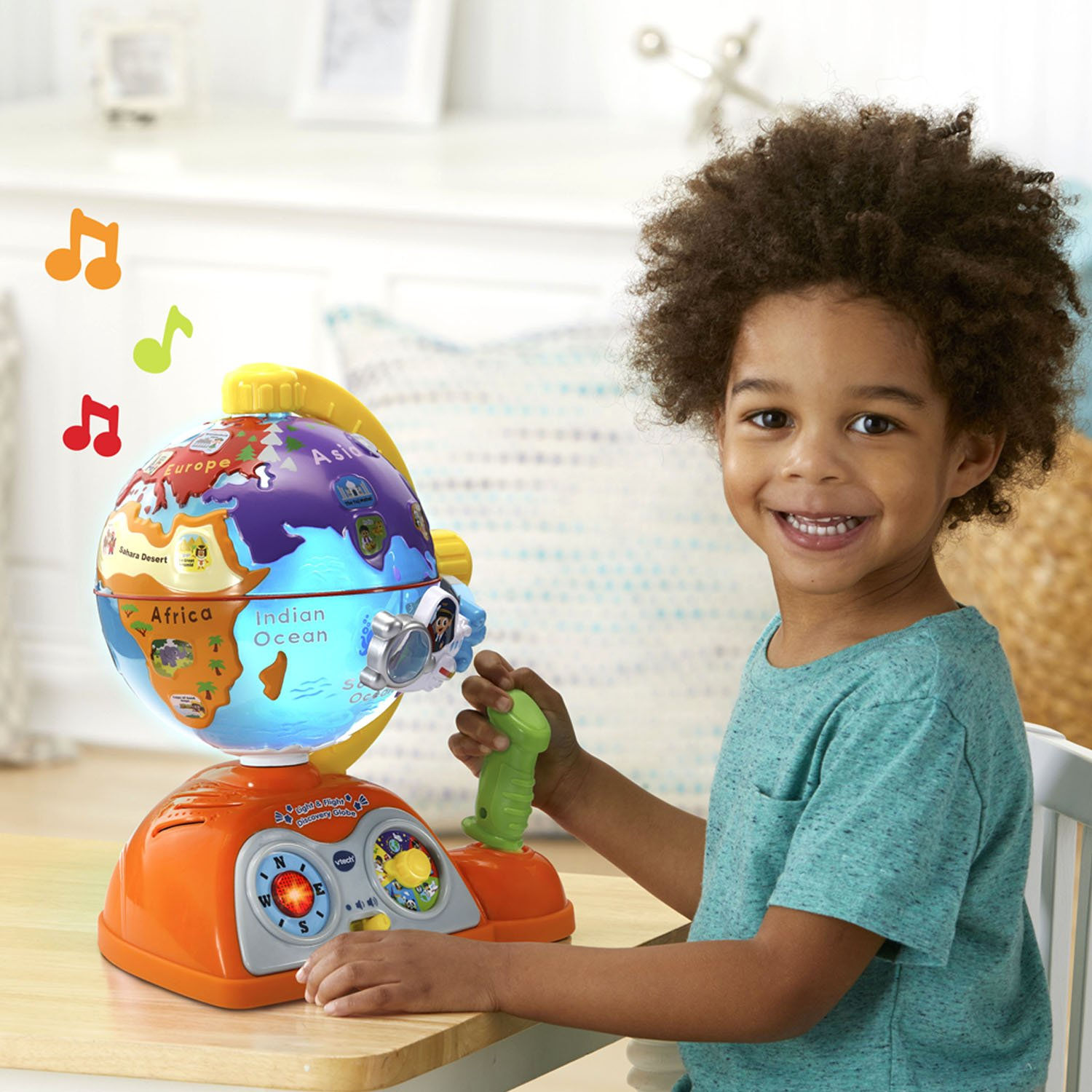 VTech Light and Flight Discovery Globe Amazon Exclusive by VTech (Image #6)