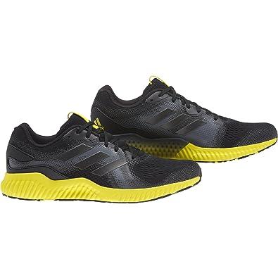 the best attitude eaab4 27143 adidas Aerobounce St M, Chaussures de Fitness Homme, Noir (SeamsoNocmét