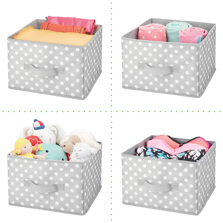 mDesign Caja de almacenaje para Habitaciones Infantiles o ba/ños Gris Claro//Blanco Organizadores de armarios Cestas organizadoras en Fibra sint/ética de Lunares