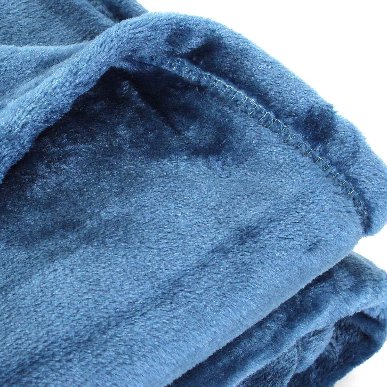 Linnea Plaid Polaire microvelours 130x150 cm Velvet Bleu de Prusse Bleu 100/% Polyester 320 g//m2 Traitement Non-feu 12952