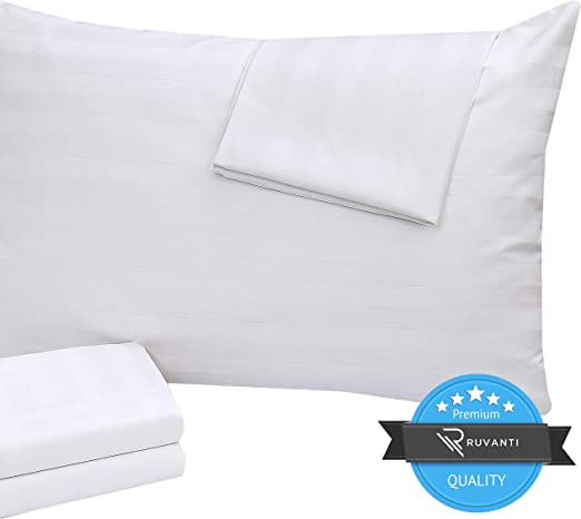 12-PACK KING ZIPPERED PILLOW PROTECTORS PILLOW COVER 20x36 in.