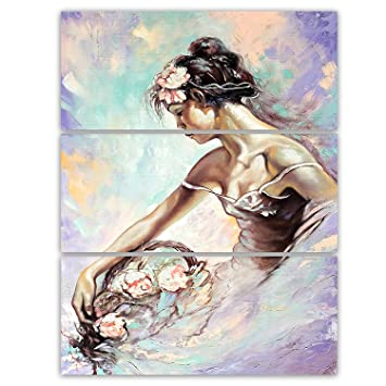 Amazon.com  Designart Girl with Flower Bouquet - Floral Metal Wall ... 16a36807b1