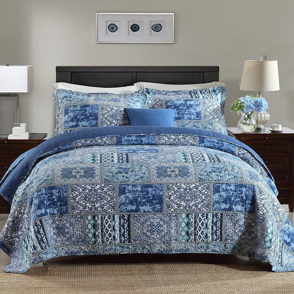 Qucover Antique Blue Floral Cotton Patchwork Coverlet Quilt Set with Pillow Shams Queen