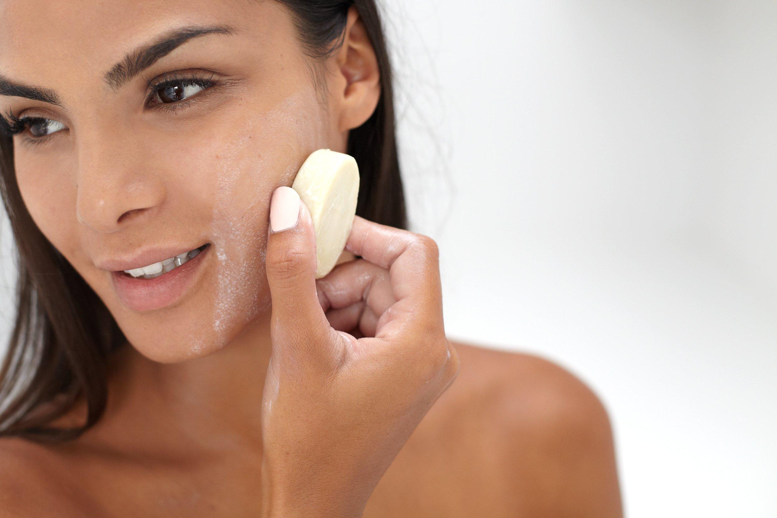 Ethique Face Cleanser & Makeup Remover, SuperStar! 2.47 oz by Ethique (Image #8)