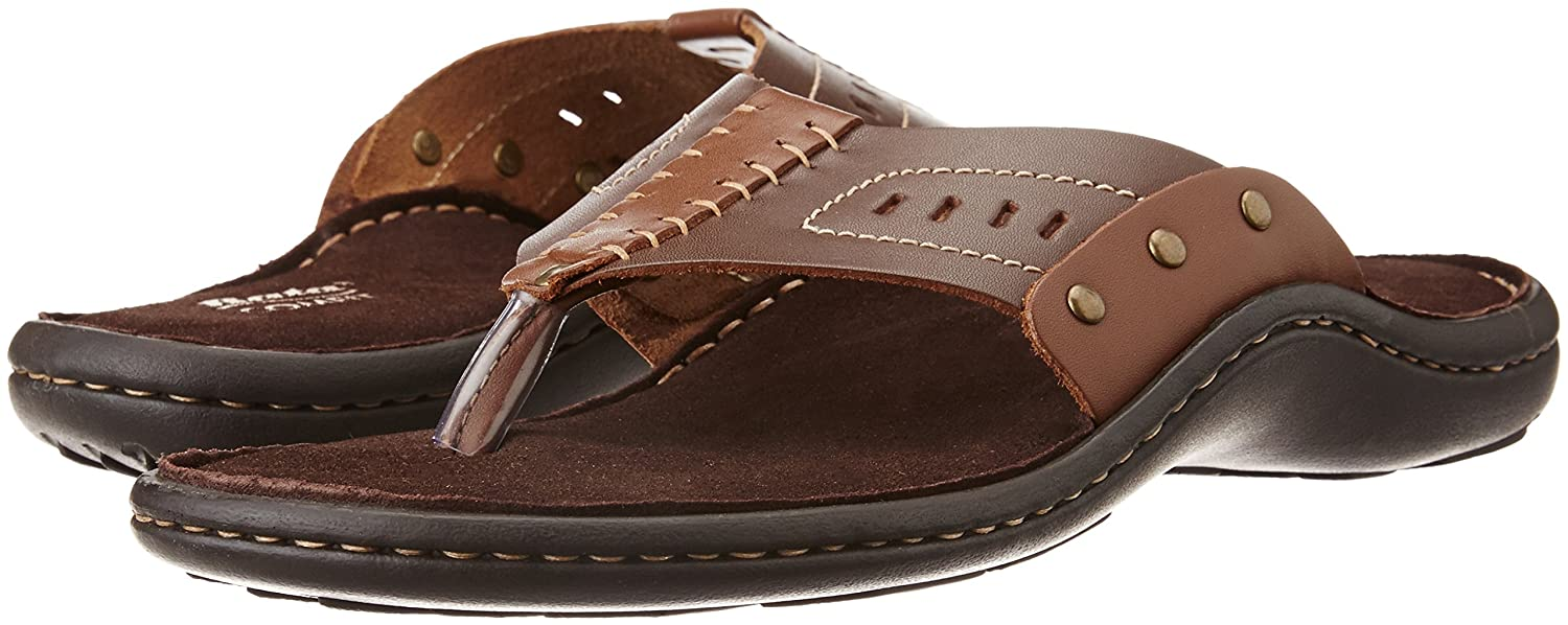 57674a08b1d3e BATA Men s New Garrick Brown Leather Hawaii Thong Sandals - 7 UK India (41  EU)(8744026)  Buy Online at Low Prices in India - Amazon.in