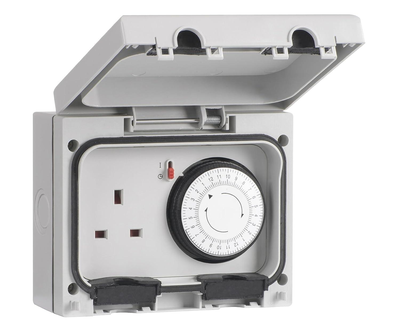SMJ Electrical E61MTB-N Single IP66 Socket with Mechanical Timer