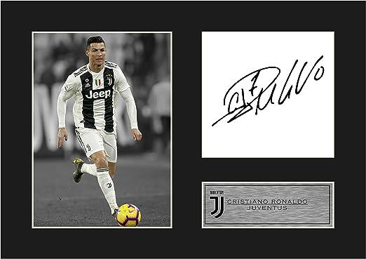 1 St/ück FC Juventus Autogrammfoto mit Passpartout Cristiano Ronaldo