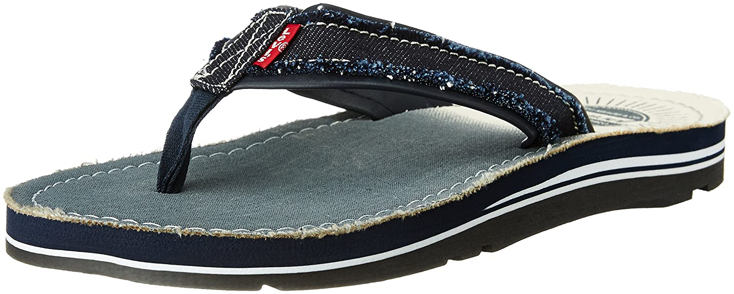 6ce0b980cb7 Levi s Men s Tehachapi Sunset Navy Blue Flip Flops Thong Sandals - 8  UK India (42 EU)  Buy Online at Low Prices in India - Amazon.in
