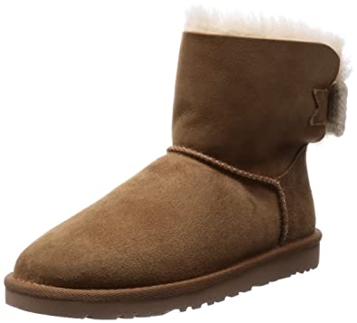 UGG Women's Mini Bailey Knit Bow Chestnut/Twinface Boot 7 B - Medium