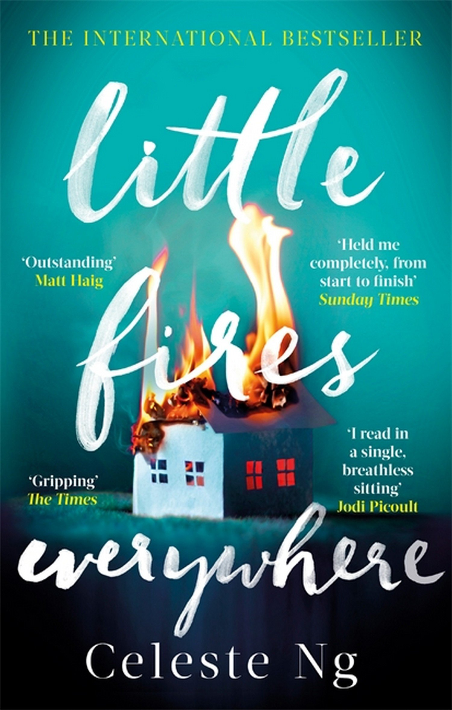 Amazon.com: Little Fires Everywhere: The New York Times Top Ten ...