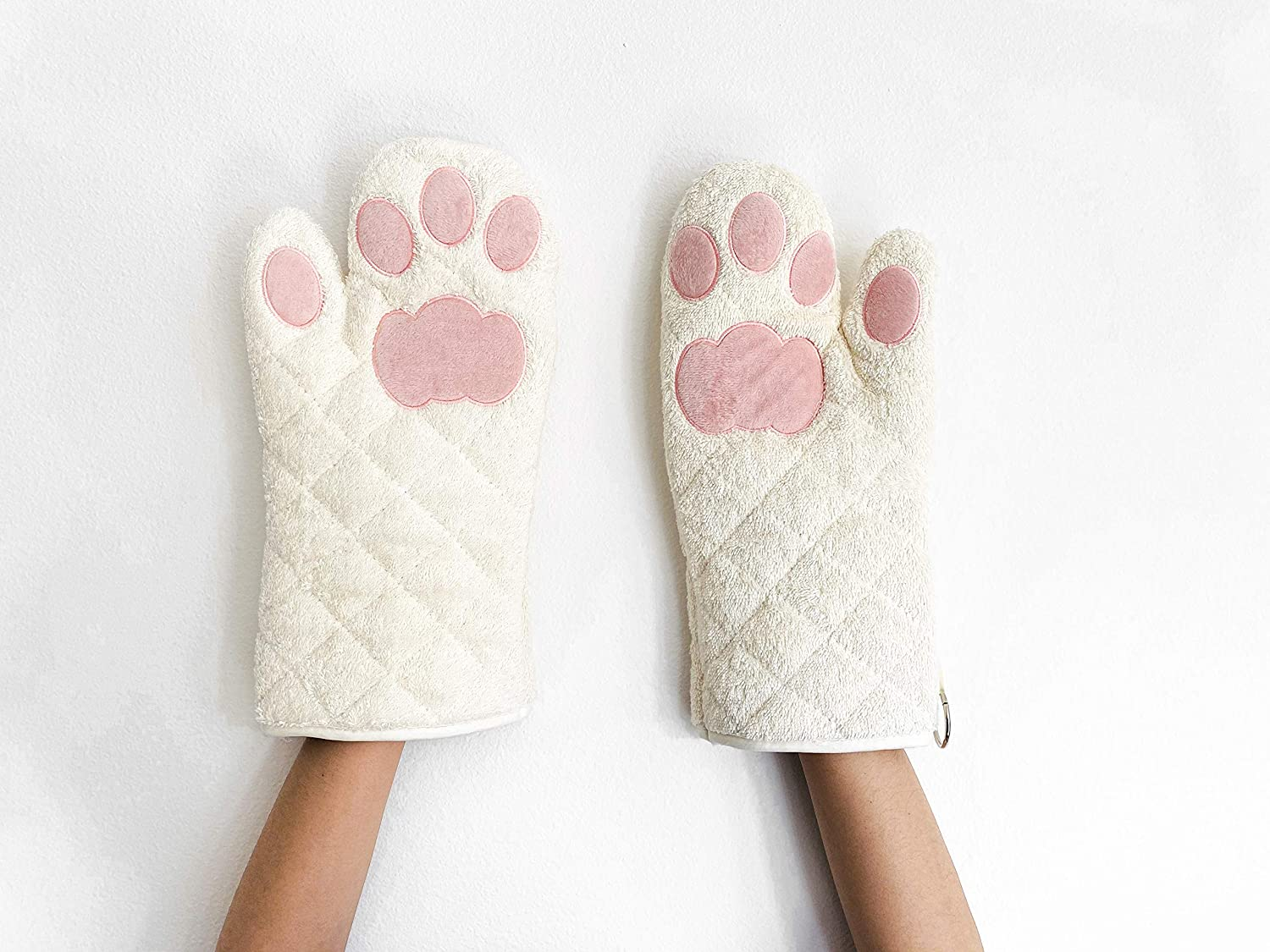 Cricket & Junebug Oven Mitts Cat Paws - White and Pink