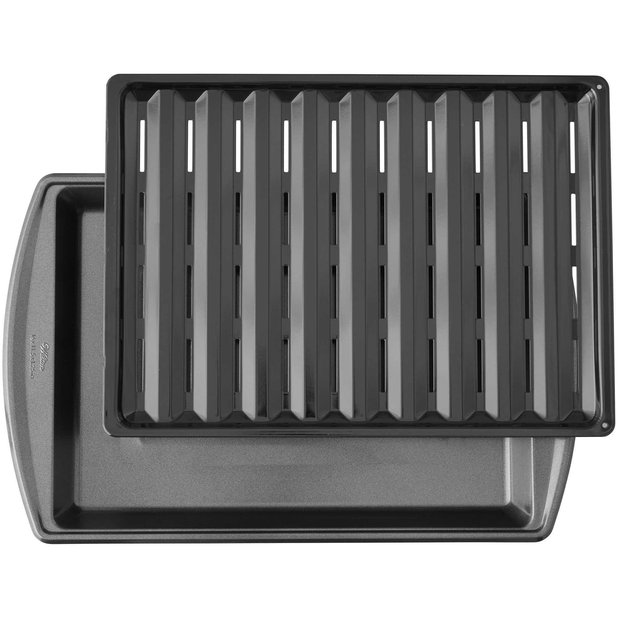 17-Inch Nonstick Broiler Pan in Gunmetal