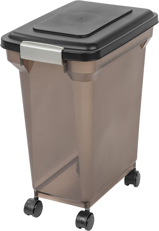 Pet Supplies : IRIS Premium Airtight Pet Food Storage Container, 22-Pounds, Smoke : Pet Food Storage Products :