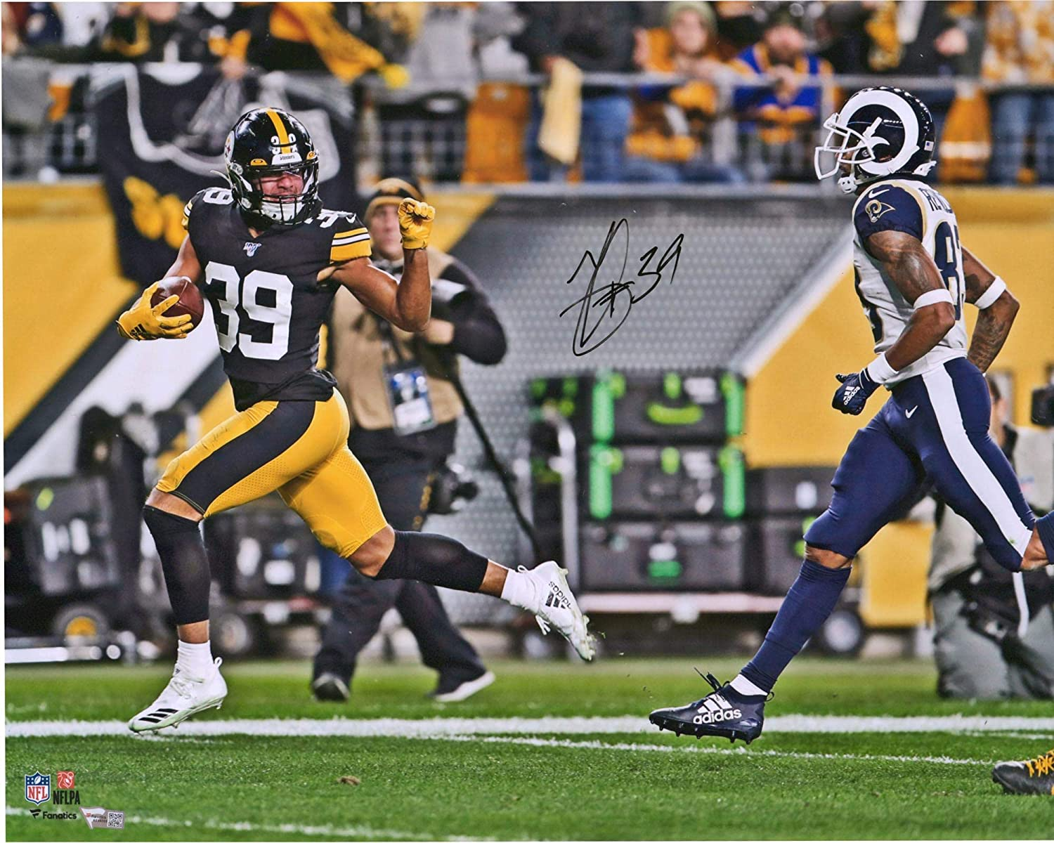 Minkah Fitzpatrick Pittsburgh Steelers Autographed 16 x 20 Fumble Recovery Wave Photograph Fanatics Authentic Certified