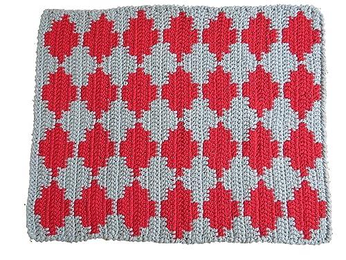Alfombra de algodón con dibujo geométrico gris y rojo. Forma ...