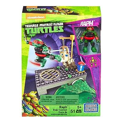 Mega Bloks Teenage Mutant Ninja Turtles Raph Dojo Combat Playset: Toys & Games