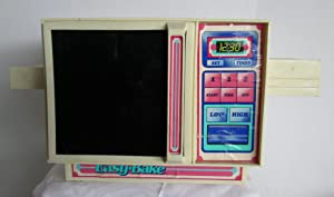 VINTAGE KENNER EASY BAKE OVEN - KENNER PRODUCTS 1983 NO. 15680 (GREAT VINTAGE TOY FOR THE EASY BAKE COLLECTOR) FREE SHIPPING