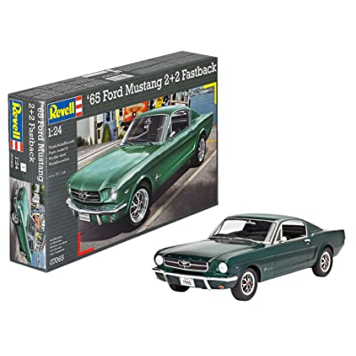 Revell Germany 1965 Ford Mustang 2+2 Fastback Plastic Model Kit (1/25 Scale): Toys & Games