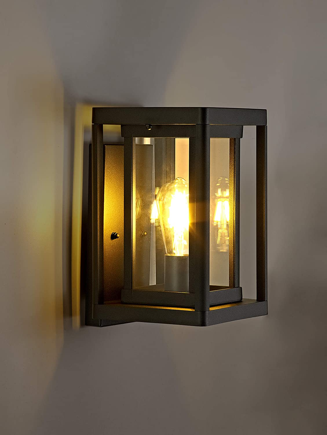 Outdoor Wall Mounted Light Fixture with Clear Glass