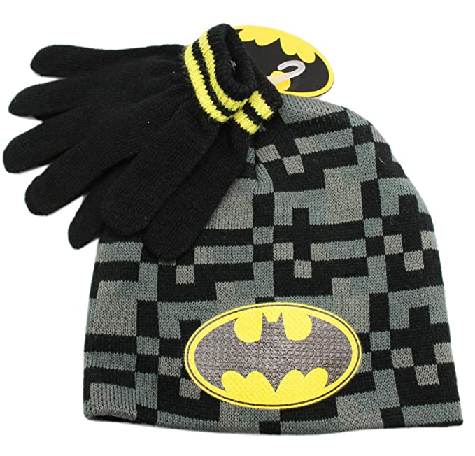 b8e294b7ff7 Amazon.com  DC Comic s Batman Kids Digital Gray Black Pattern Beanie ...