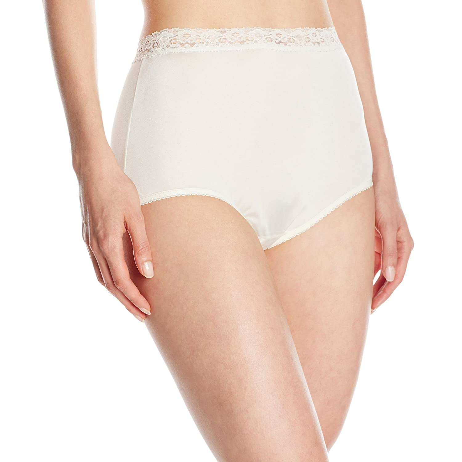 Vanity Fair Womens Perfectly Yours Stretch Nylon Brief Panty at