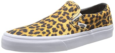 10b4d37158 Vans Unisex Classic Slip-On (Digi Leopard) Black True White Skate Shoe