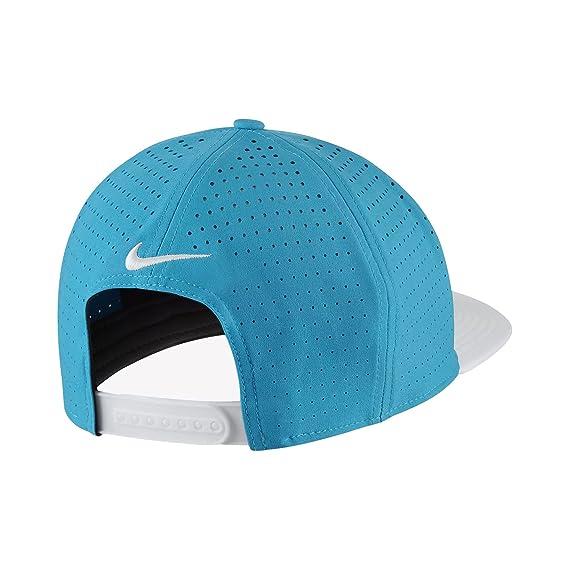 Nike PRO Performance Snap Back Cappello da Golf 2017  Amazon.it  Sport e  tempo libero a395b7ba1927