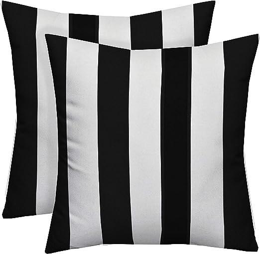 Amazon Com Resort Spa Home Decor Set Of 2 20 Black And White
