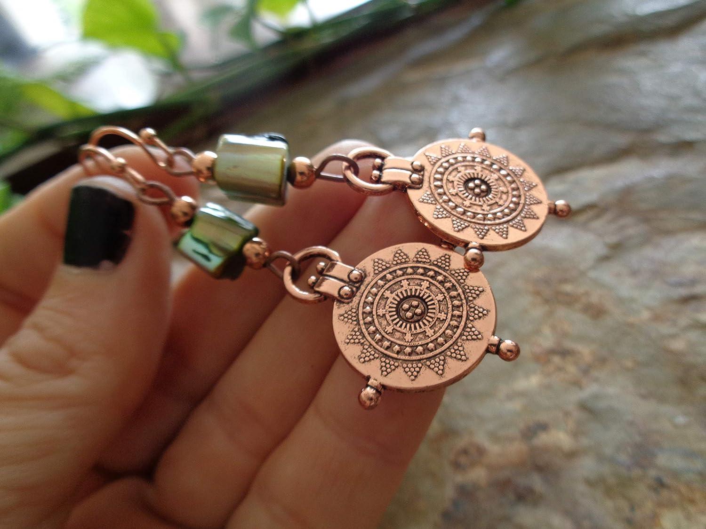 ⊹⊱✿ ROSENGOLD MANDALA KREISE MIT PERLMUTT IN GR/ÜN ⊹⊱✿ einmalige Ohrringe mit formsch/önen Ohrhaken in Rosengold Kupfer gl/änzend