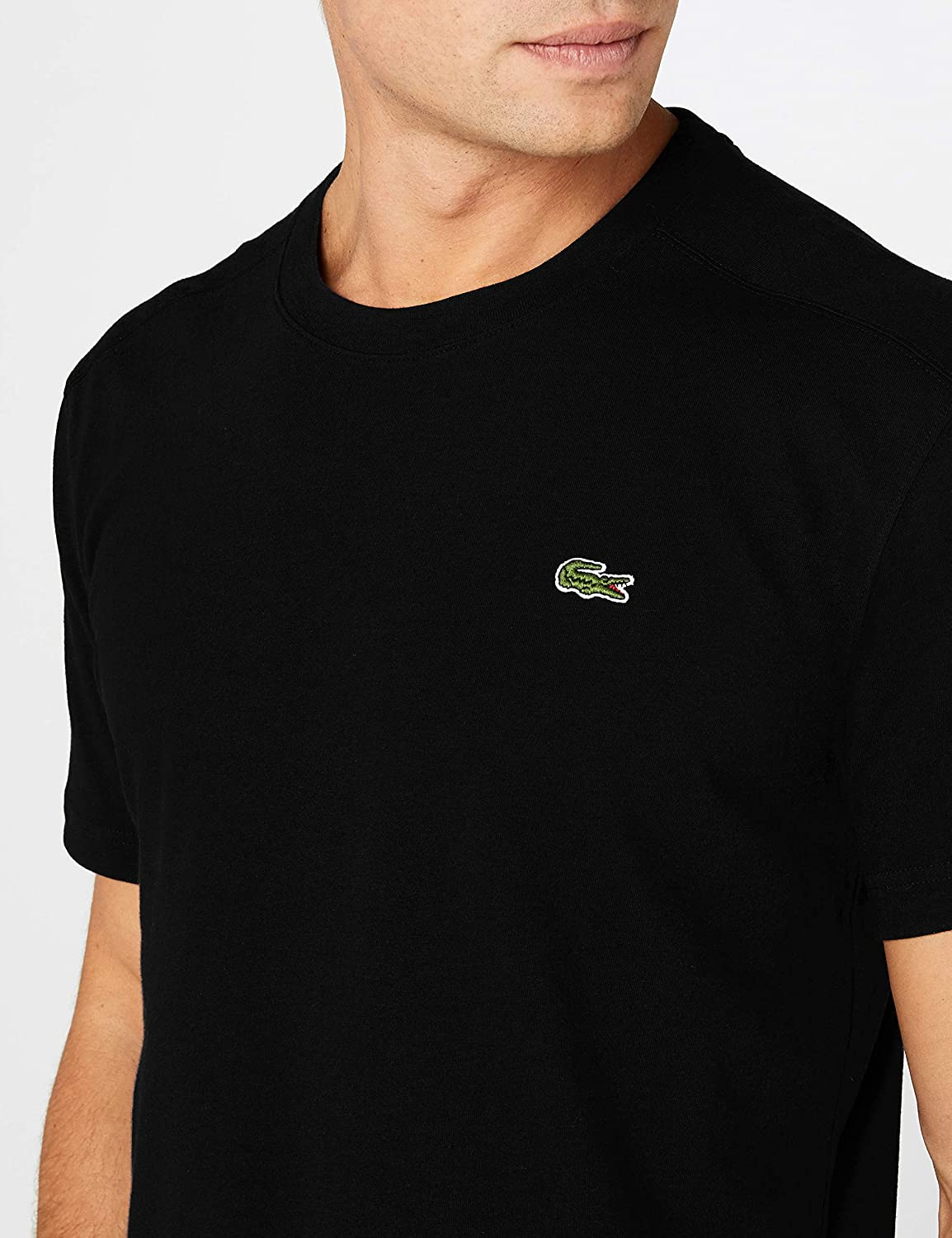 3772f544fe8db Lacoste Men s Th7618 Short Sleeve T - Shirt  Amazon.co.uk  Clothing